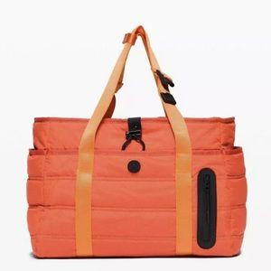 Lululemon Dash All Day Duffel Bag 20L Brick Orange